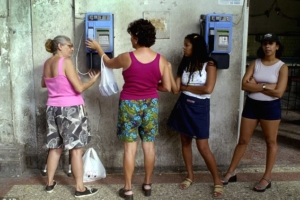 comunication in cuba