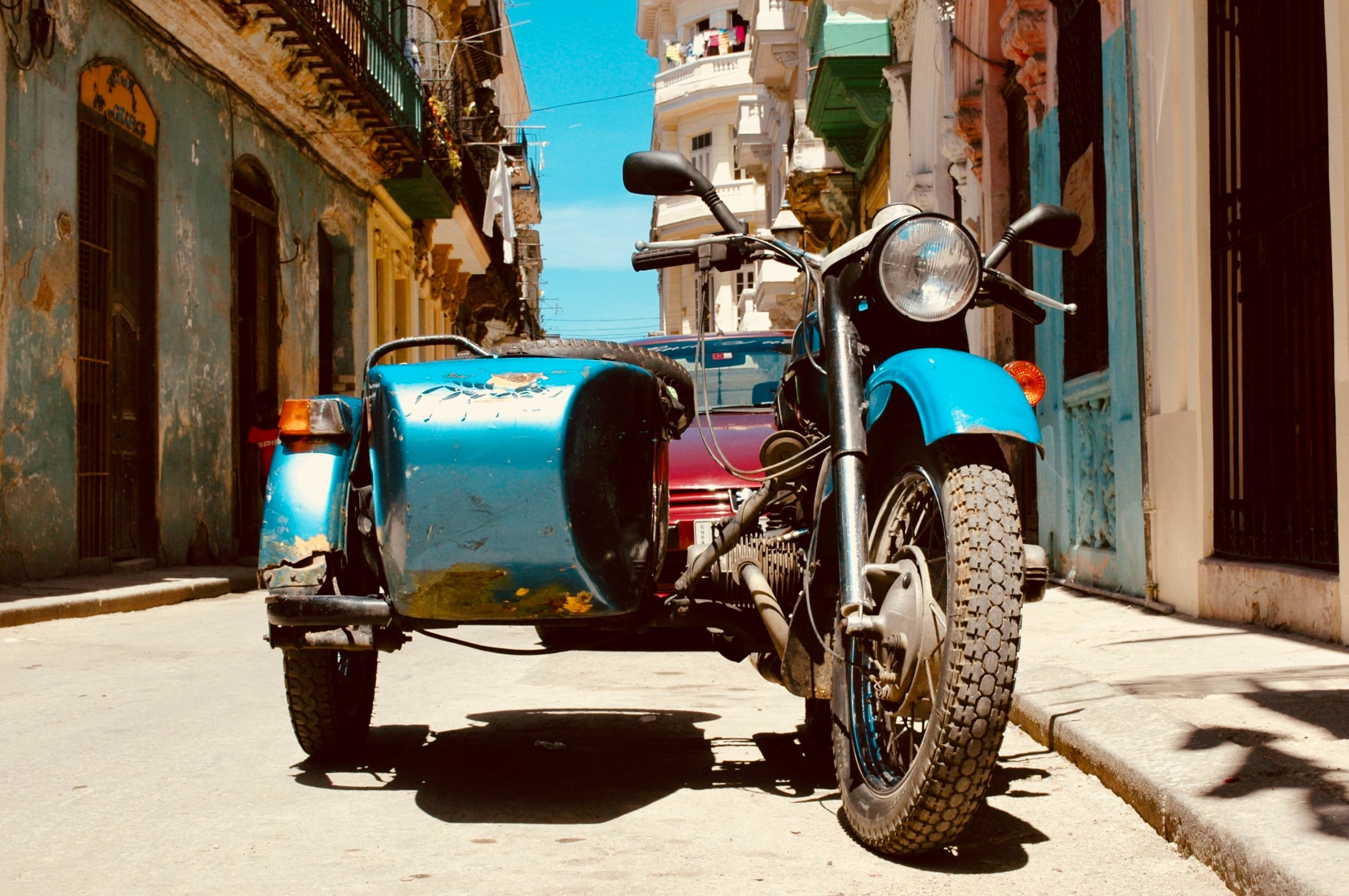 how to get around in cuba