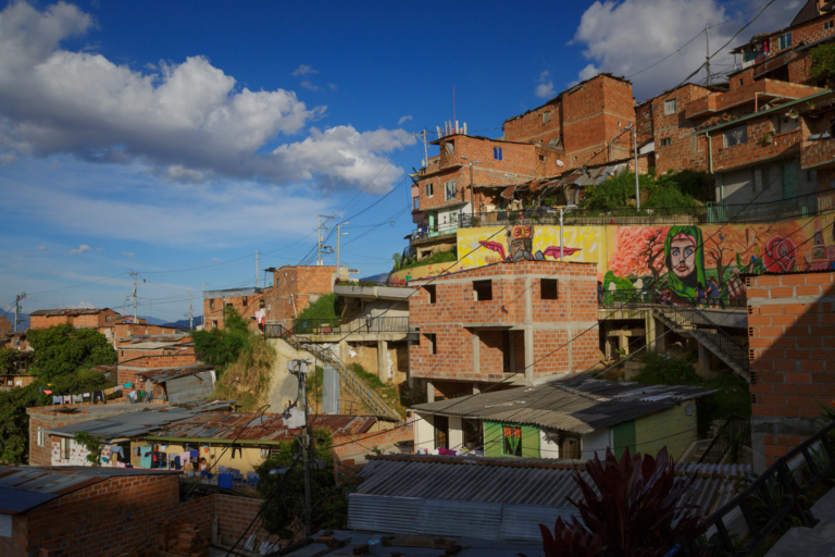 Comuna 13 Medellin : Complete Travel Guide