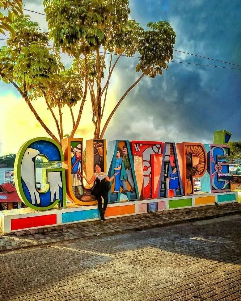 Guatapé Colombia @tripshooting